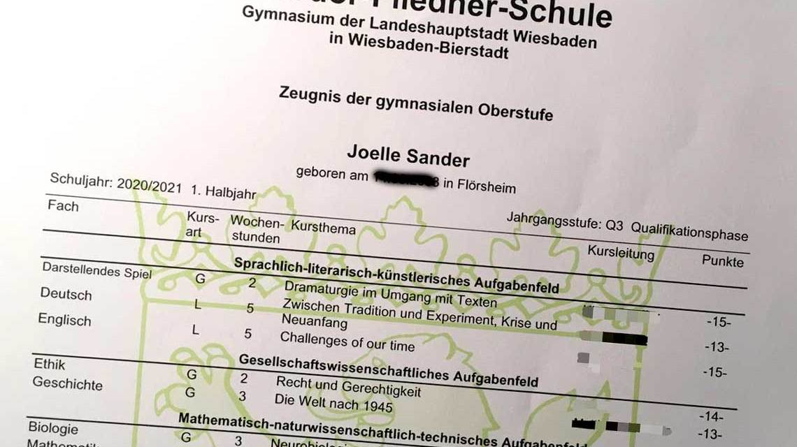 Abitur: Zeugnis-c-Joelle-Sander