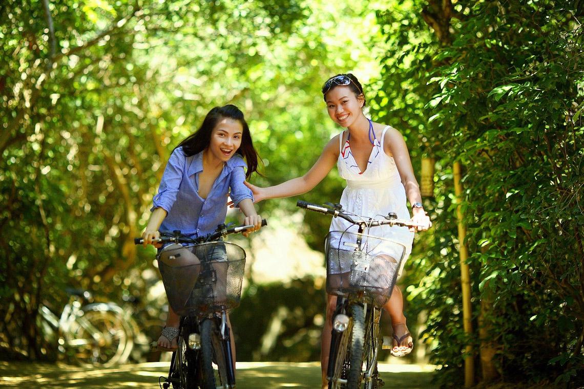 Fahrradfahren in Biebrich ©2021 Picxabay Jess Foami