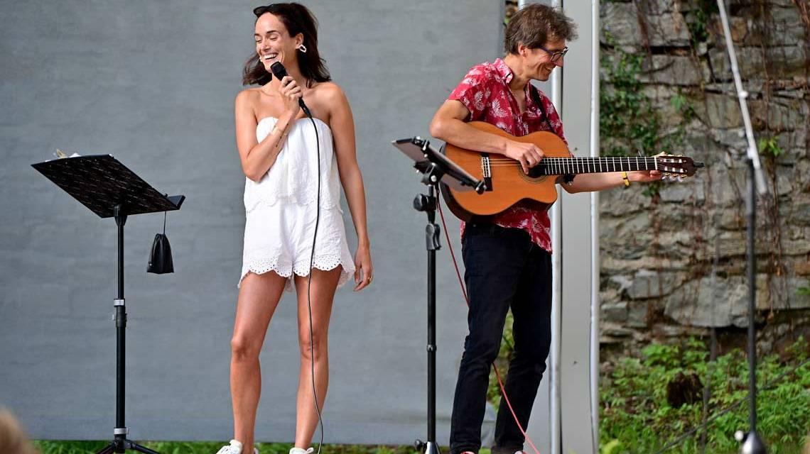 Burgfestspiele, auch in Corona-Zeiten mit Naomi Kraft und Stefan Varga