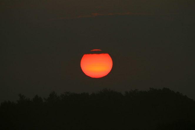 Immer wieder geht die Sonne auf....Lochbergaussicht bei Schönbach.