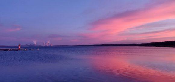 Traumhaft schöne Stimmung, Blaue Stunde am Bärwalder See