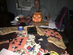 pumpkin-carve-sat-2