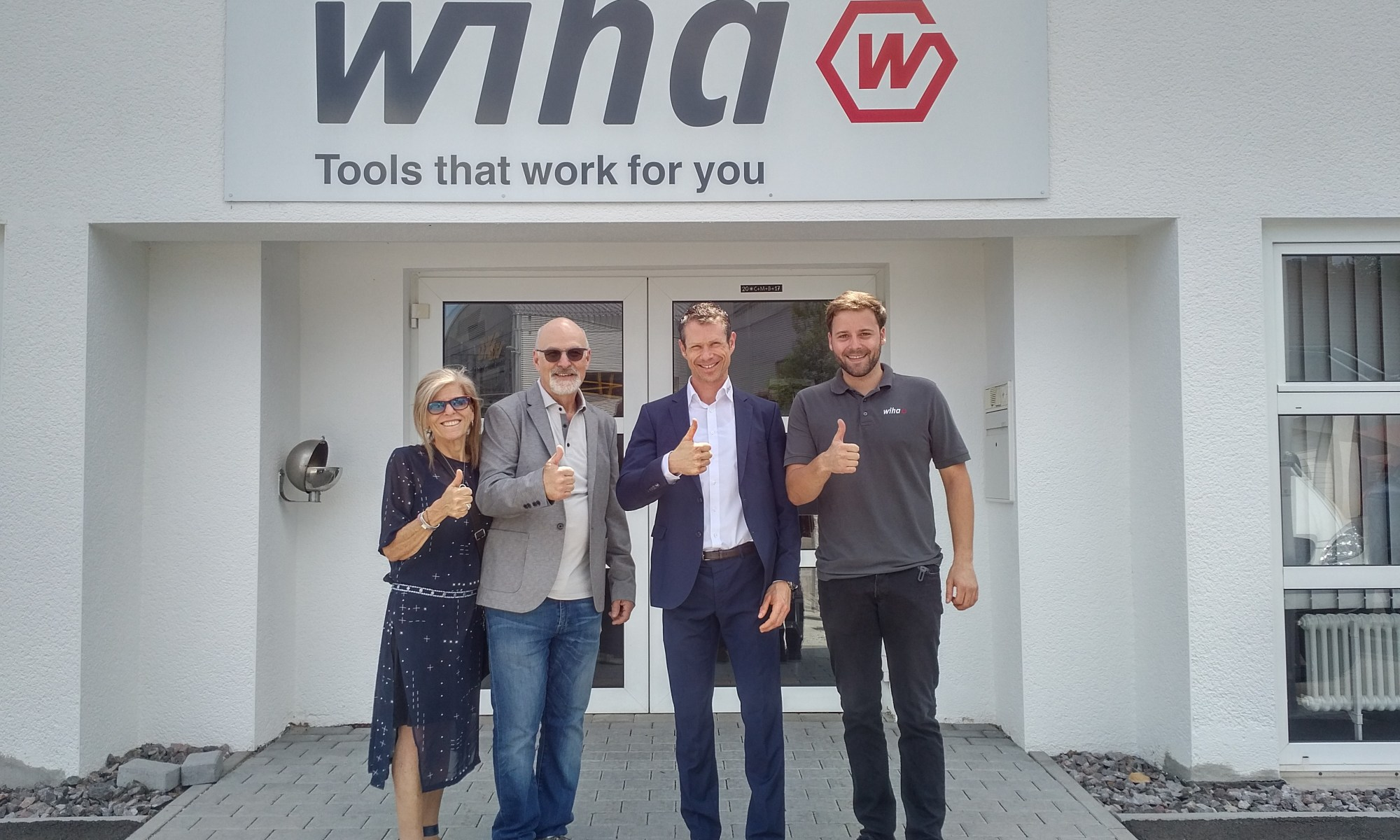 Atlas Tools posing in wiha germany