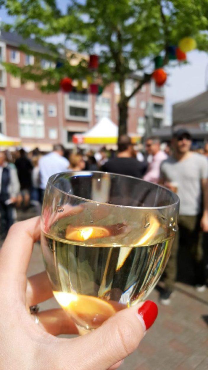 wijn op het plein