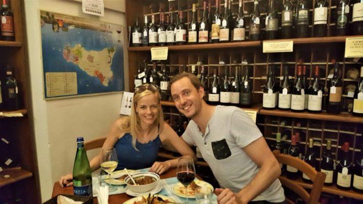 op vakantie naar Sicilië: enoteca sapori doc modica
