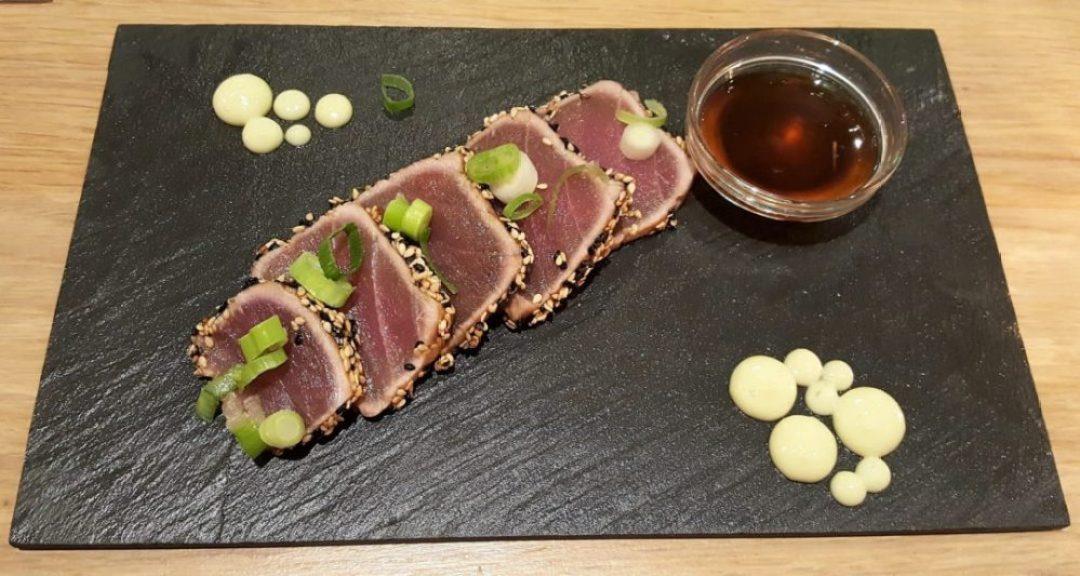 restaurant en wijnbar le Bonheur Barendrecht: tonijn tataki