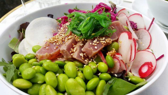 Tips voor eten in Maastricht: poke bowl cinq
