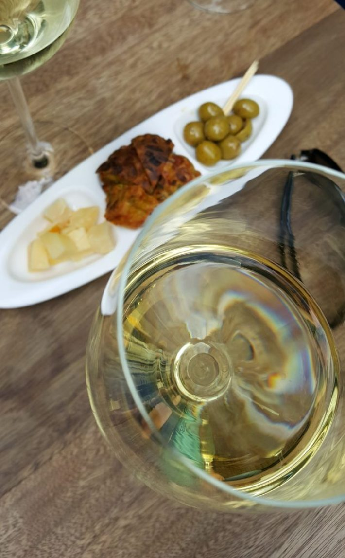 Borrelen en eten in Maastricht: via mucca wijnbar