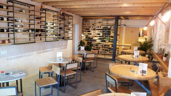 Leukste restaurants Antwerpen tips: wijnbar Belgian Wines interieur