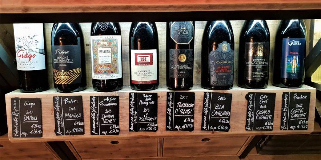 Uit eten en borrelen in Verona Italië: wijnbar Symposio