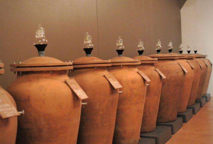 wijnreis naar Valpolicella: Pietro Zardini aardewerken kruiken