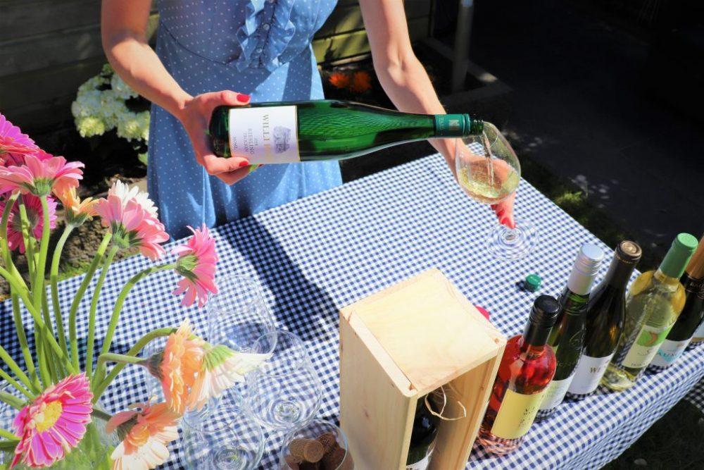 hoeveel wijn schenken in wijnglas