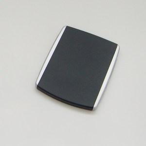 Luxusné kozmetické zrkadielko do kabelky. Farba- čierna. Rozmer: 6,5cm x 8,5cm.