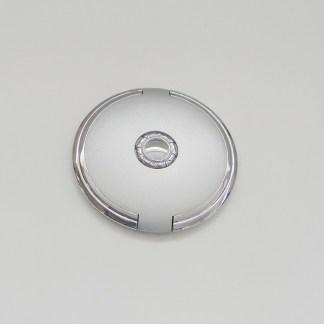 Luxusné kozmetické zrkadielko do kabelky. Farba- strieborná. Priemer: 8,5cm.