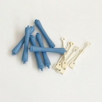 Profesionálne natáčky na trvalú onduláciu, vrátane pevných gumičiek s dlhou životnosťou. Farba- modrá. Priemer: 1,5cm. Dĺžka: 8,5cm.