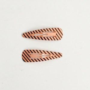 Krásne sponky pukačky do vlasov kovové s pruhmi pre ženy a detíčky, 2ks. Farba- oranžová. Rozmer: 4cm.