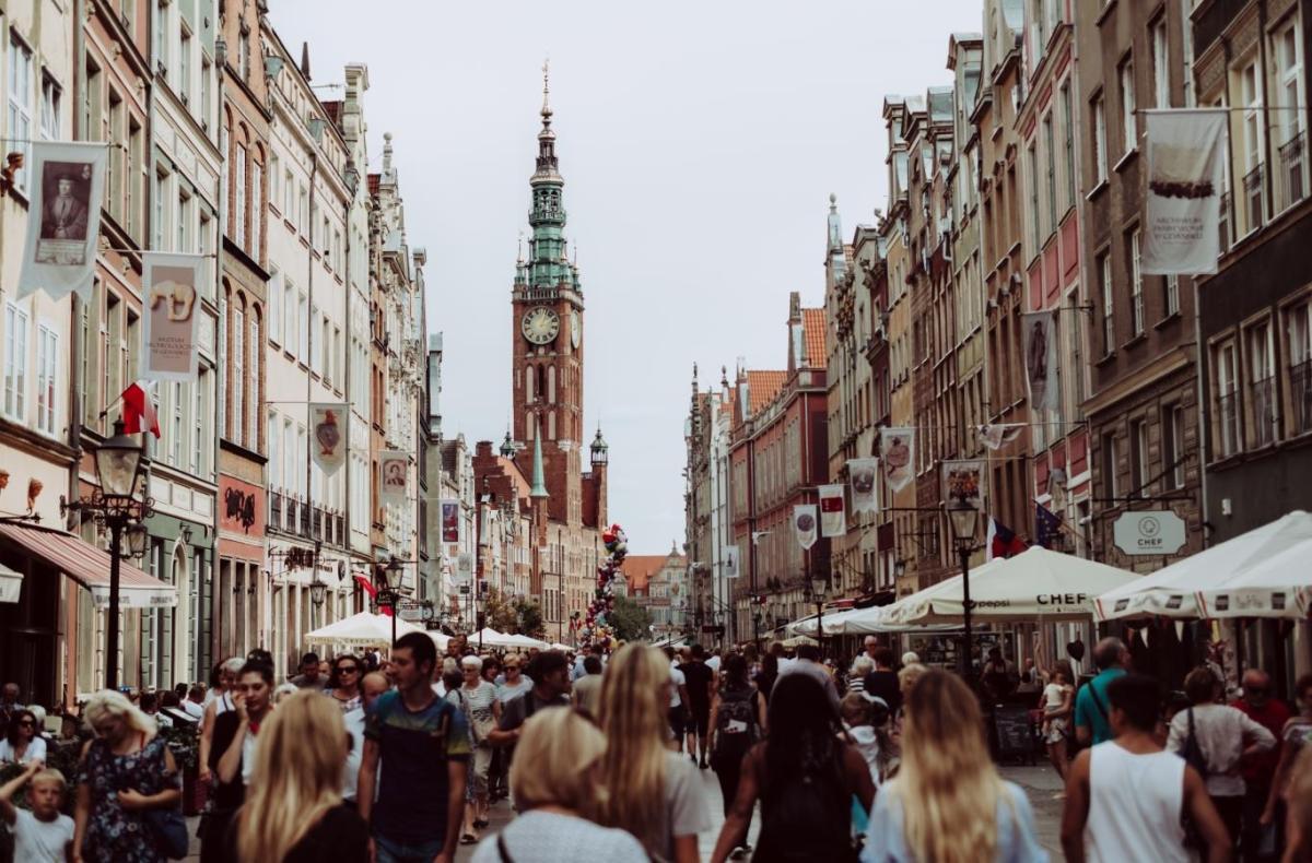 ✔ Trung tâm thương mại cổ Warsaw