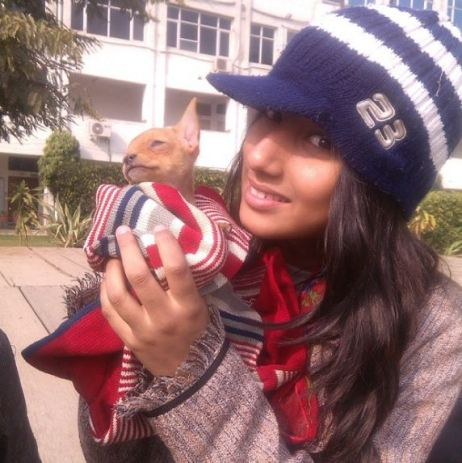 Anicka with a puppy