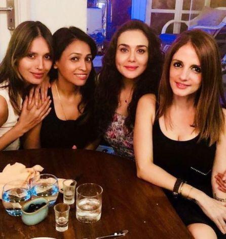 Ujjwala Raut with Pretty Zinta and Suzane Khan
