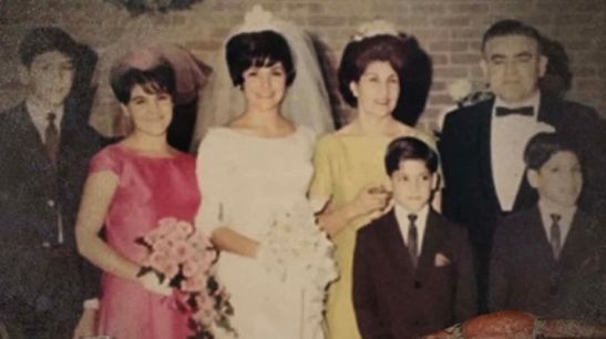 Grant Cardone with his parents & siblings