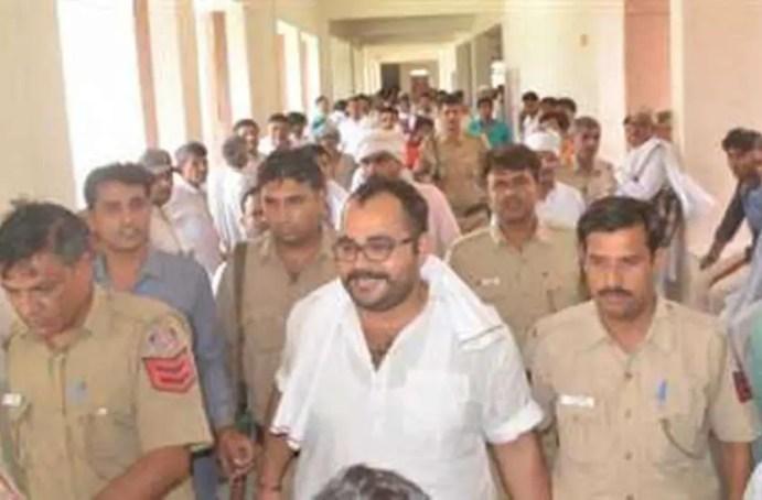 Sunil Rathi, Gangster