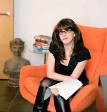 Julie Barer