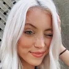 Riley Hubatka
