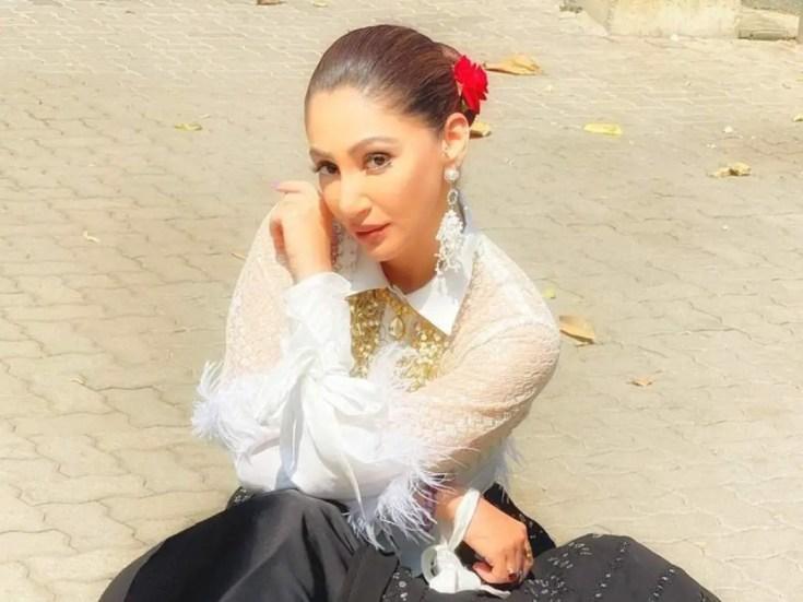 Reyhna Pandit