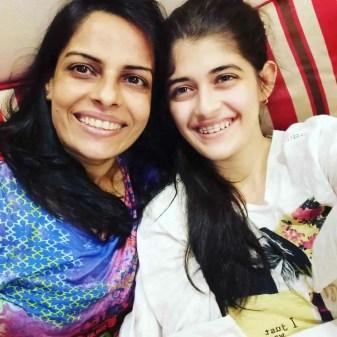 Urvi Singh with Nidhi Singh