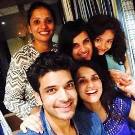 Karan Kundrra with his siblings