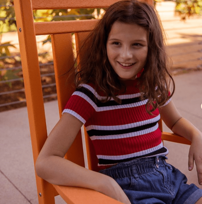 Hayley LeBlanc Family, Net Worth, Wiki, YouTube, Height, Weight, Age, Birthday, Siblings