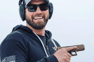 Mat Best Wiki, Wife, Net Worth, Age, Siblings, Brothers, House, Birthday, Biography, Height, Wife Age