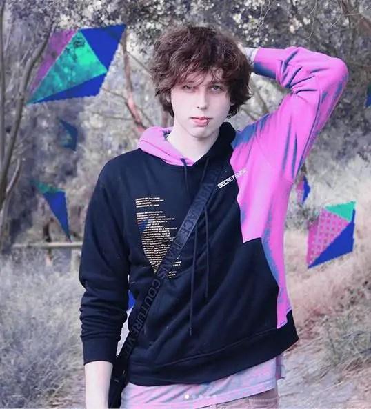 Caleb Finn Height