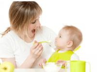 10 makanan tidak boleh dimakan saat anak baru mulai belajar makan