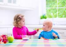 Bisakah bayi berumur 6 bulan makan yoghurt