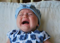Bayi rewel karena perut kembung