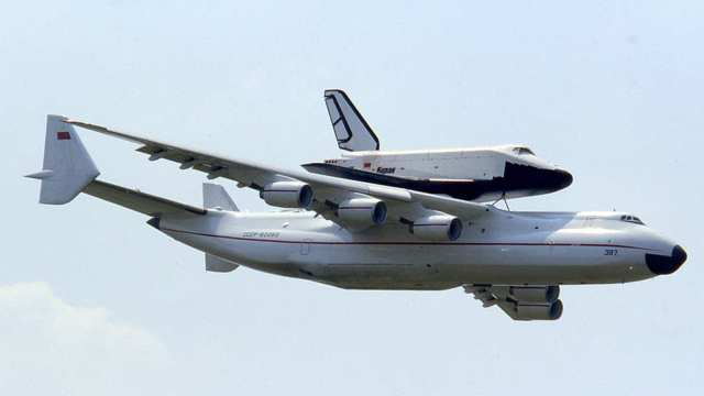 طائرات عملاقة - اناتوف 225 اكبر طائرة بالعالم