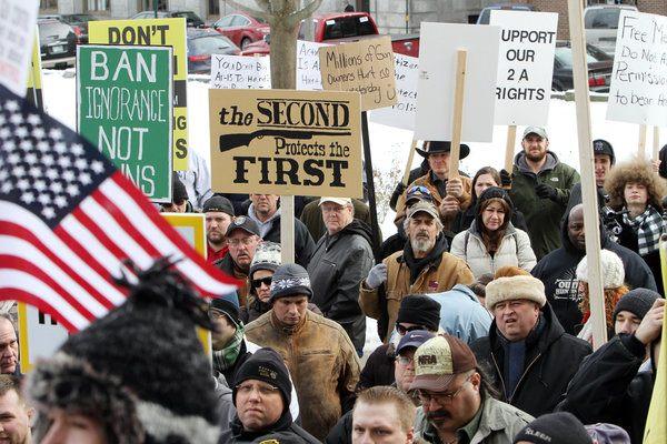 مؤيدي حرية امتلاك السلاح بالولايات المتحدة