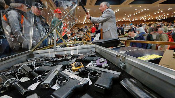السلاح بالولايات المنحدة