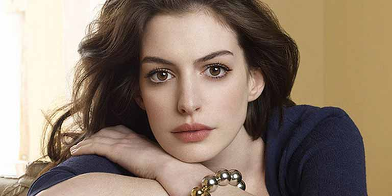 Anne-Hathway-wiki,-age,-Affairs,-Family-and-More