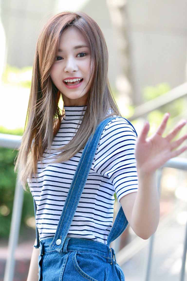 Tzuyu (twice) Age, boyfriend, height, weight and More