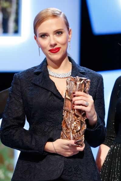 scarlett-johansson at-cesar-film-awards-in-paris
