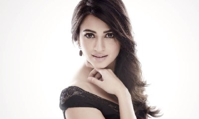 Kriti Kharbanda Wallpaper