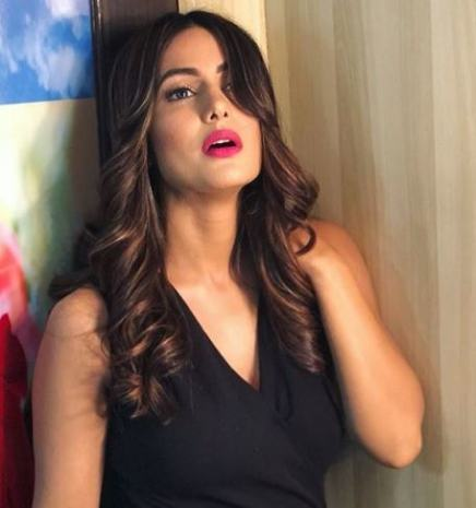 Hina Khan hot images