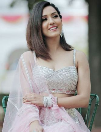 Neeti Mohan images
