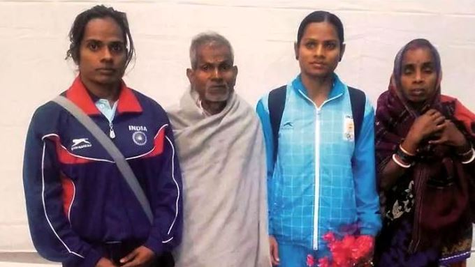 Dutee Chand Parents