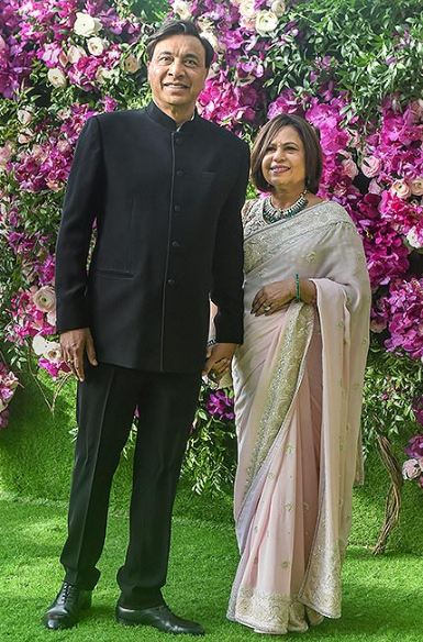 Parents Lakshmi Mittal & Usha Mittal