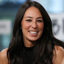 Joanna Gaines Bio Wiki Age Married Net Worth Dating Affair