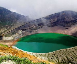 World's Third Largest Crater – The Mysterious Lonar Crater Lake In Maharashtra