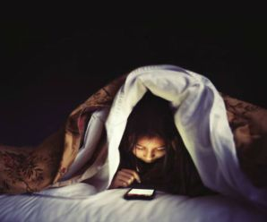 Stop doing this! – Reasons Not to Sleep with your Phone